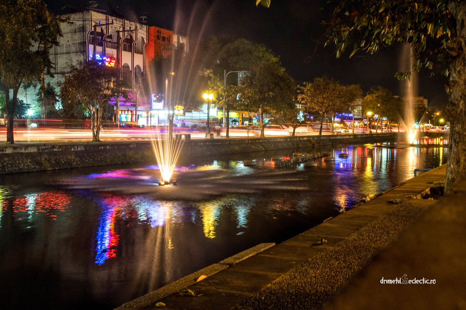 Chiang Mai by night Thailand light water city life